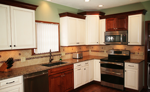 A new pittsburgh kitchen completed medallion cabinetry in a two tone scheme nelson kitchen - Kitchen design pittsburgh ...